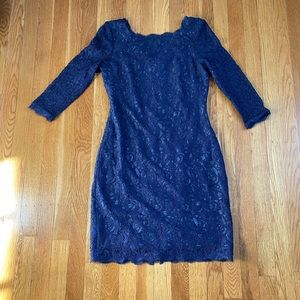 Adrienne Papell lace navy dress size 2P